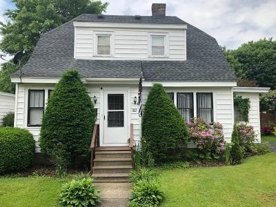 Single Family Home For Sale: 221 Bowen Street