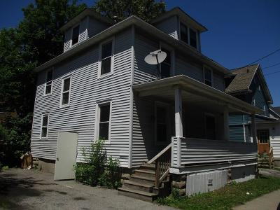 Rochester Single Family Home For Sale: 72 Felix Street