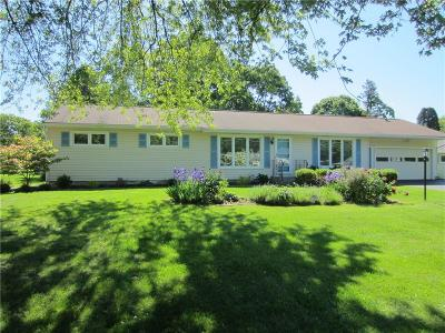 Penfield Single Family Home For Sale: 1682 Qualtrough Road