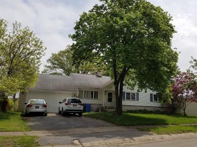 Rochester Single Family Home A-Active: 292 River Heights Circle