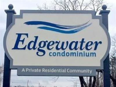 Condo/Townhouse Pending: 903 Edgewater Drive #903