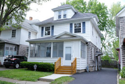 Rochester Single Family Home For Sale: 162 Furlong Street