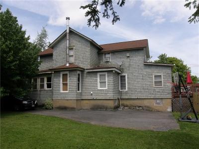 Canandaigua-city, Canandaigua-town Single Family Home For Sale: 143 Niagara Street