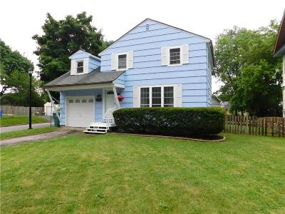 Rochester Single Family Home For Sale: 60 Berry Street