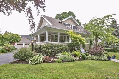 Pittsford Single Family Home For Sale: 30 Rand Place