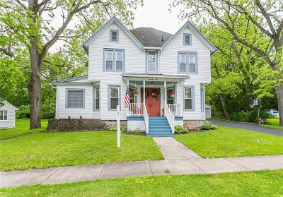 Canandaigua, Canandaigua-city, Canandaigua-town Single Family Home For Sale: 74 Baker Drive