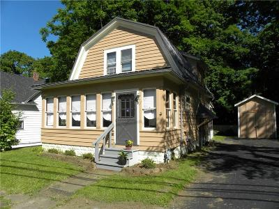 Hanover NY Single Family Home For Sale: $102,000