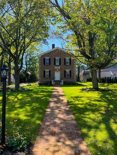 Pittsford Single Family Home For Sale: 17 Church Street