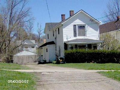 Multi Family Home For Sale: 126 N 4th Street