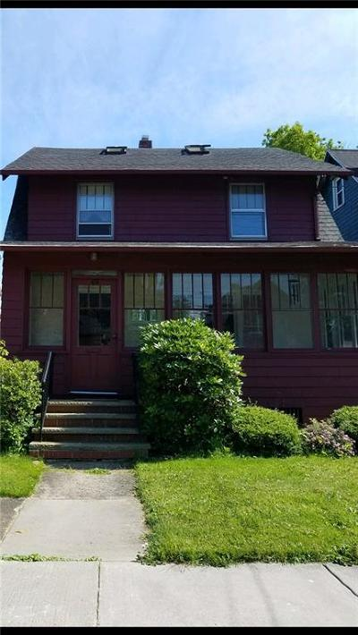Single Family Home For Sale: 69 W 4th Street