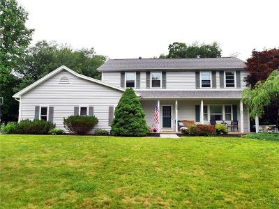 Webster Single Family Home For Sale: 393 Longbush Lane