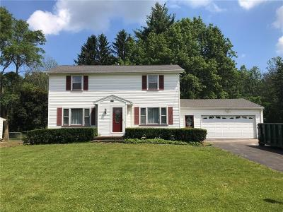 Penfield NY Single Family Home Pending: $154,900