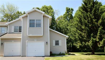 Webster Single Family Home For Sale: 659 Strand Pond Circle