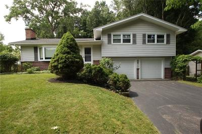 Penfield Single Family Home Active Under Contract: 74 Shirewood Drive