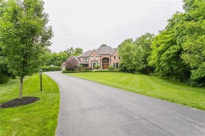 Single Family Home For Sale: 20 Latour Manor
