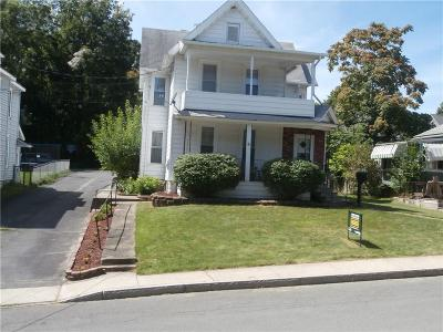 Seneca Falls Single Family Home For Sale: 6 Powell Place