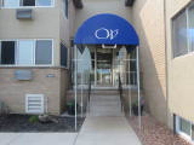 Irondequoit Condo/Townhouse For Sale: 1103 Westage At The Hbr #1103