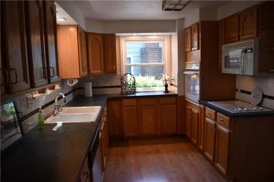 Irondequoit Single Family Home For Sale: 2034 W Portland Avenue