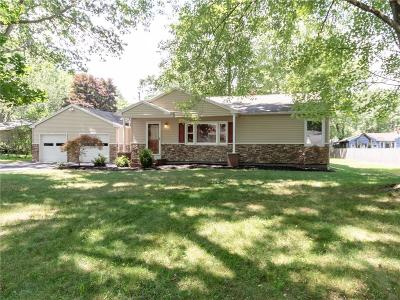Monroe County Single Family Home For Sale: 813 Dewitt Road