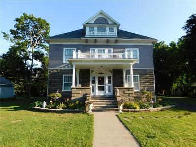 Single Family Home For Sale: 131 Grant Street