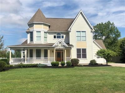 Single Family Home For Sale: 9 Marthas Vineyard Drive
