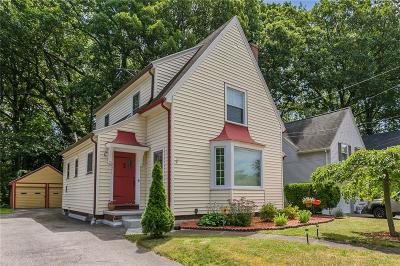 Greece Single Family Home For Sale: 221 Bakerdale Road