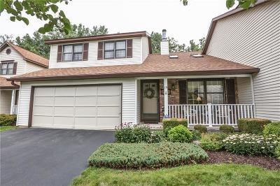 Monroe County Single Family Home For Sale: 19 Harvest Hill