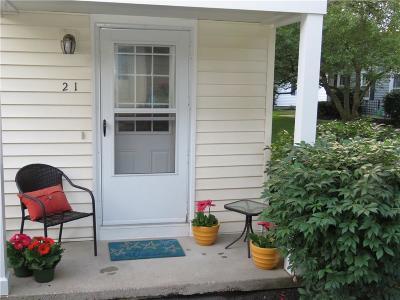 Monroe County Single Family Home For Sale: 21 Eagle Lane