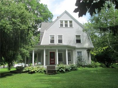 Warsaw Single Family Home For Sale: 220 N Main Street