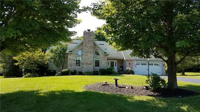 Penfield Single Family Home For Sale: 16 Waterbury Lane