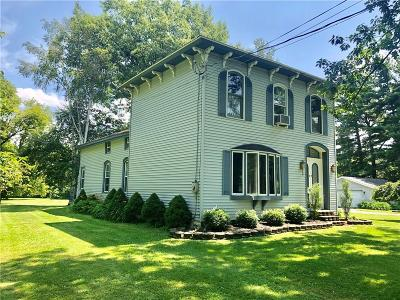 Fredonia Single Family Home For Sale: 9686 Seymour Road