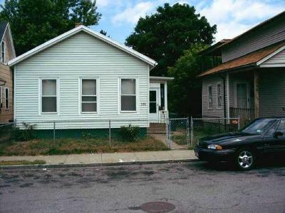 Rochester Single Family Home For Sale: 596 Campbell Street