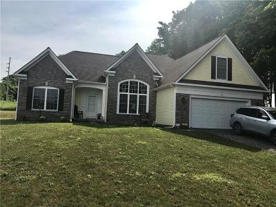 Gorham Single Family Home For Sale: 4731 Deer Run