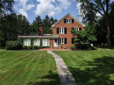 Mendon Single Family Home For Sale: 383 Pond Road
