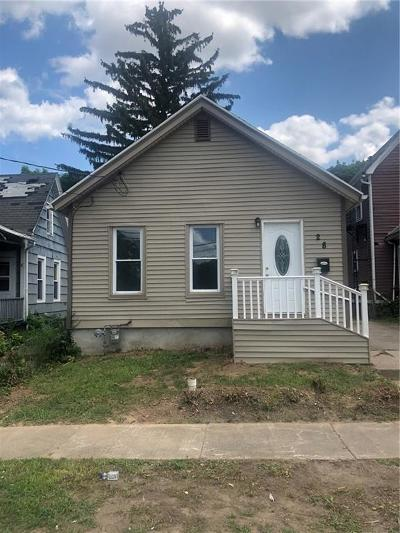 Rochester Single Family Home For Sale: 28 Barons Street