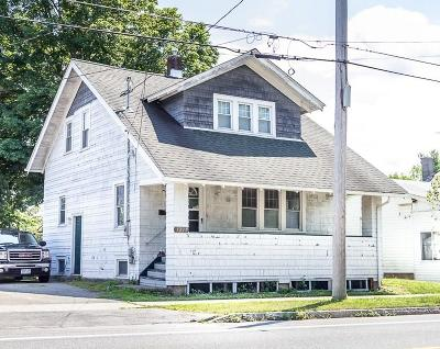 Orleans County Single Family Home For Sale: 1211 S Main Street