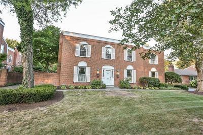 Monroe County Single Family Home For Sale: 3002 East Avenue