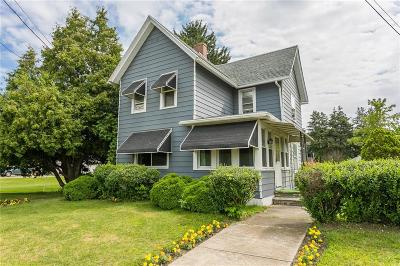 Manchester Single Family Home For Sale: 83 S Main Street