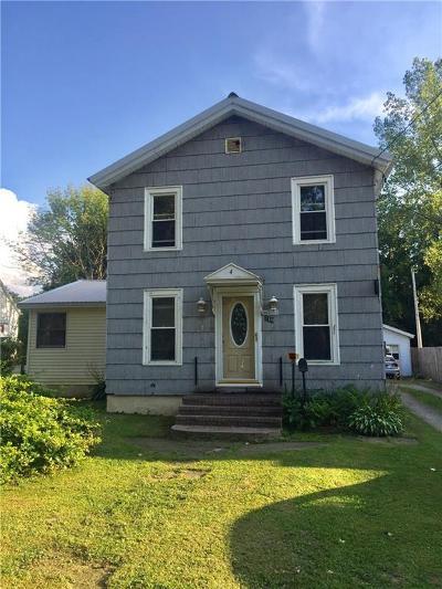 Fredonia Single Family Home For Sale: 249 Eagle Street