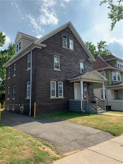 Rochester Single Family Home For Sale: 35 Ridgeway Ave