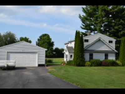 Monroe County Single Family Home For Sale: 2422 Westside Drive