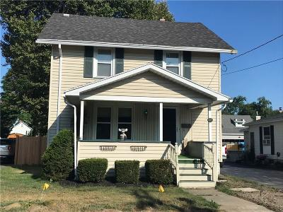 Batavia-City NY Single Family Home Active Under Contract: $124,900