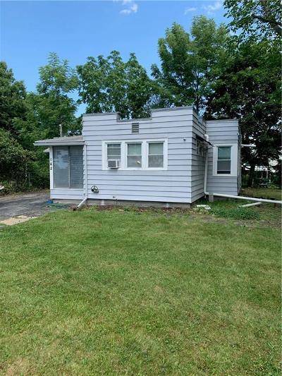 Rochester Single Family Home For Sale: 142 Bleacker Rd
