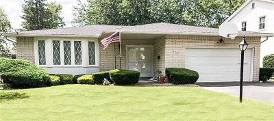 Amherst Single Family Home For Sale: 388 Sprucewood