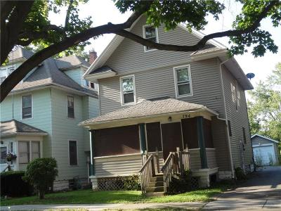 Rochester Single Family Home For Sale: 794 Flower City Park Park