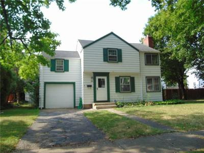 Rochester Single Family Home For Sale: 29 Weston Road
