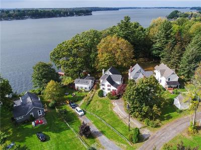 Huron NY Single Family Home For Sale: $274,500