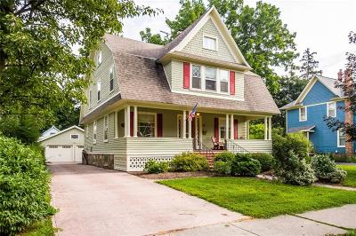 Perinton Single Family Home For Sale: 88 W Church St