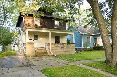 Niagara Falls Single Family Home For Sale: 185 58th St
