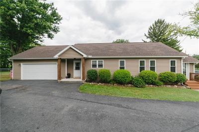 Parma Single Family Home For Sale: 451 Parma Center Road